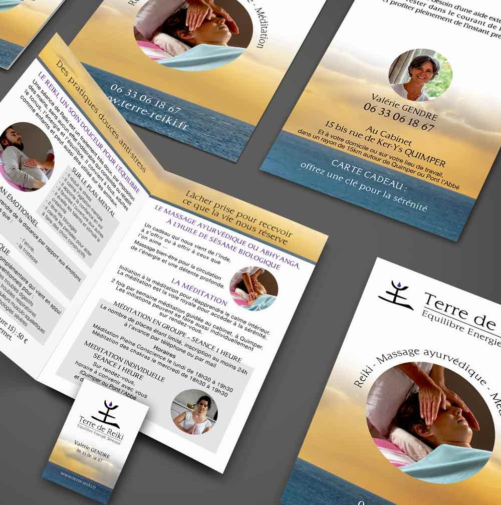 Création d'une carte de visite recto/verso et d'un dépliant A6, 2 volets, 4 pages